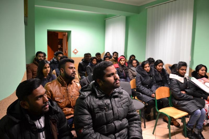 Молитовна зустріч студентів з Індії